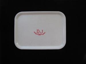 D J rosa monogram på linnehandduk